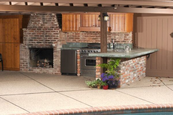 Outdoor,Modern,Kitchen,That,Has,Been,Freshly,Remodeled